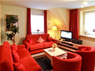 Elegant apartment on the island Sylt with heating and garden