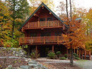 Highland Lake Access Authentic Log Home