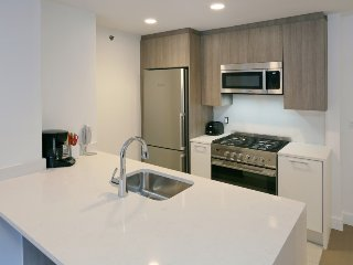 LUX- WONDERFUL STUDIO - PRIME LOCATION- (5210)