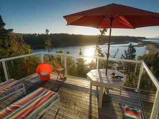 Amazing Nova Scotia Beach Cottage Sleeps 10