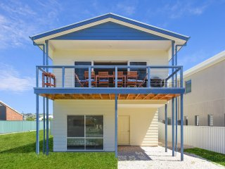 28A Kent Drive - Gorgeous Location Opposite Kent Reserve in Encounter Bay