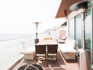 Malibu Beach Modern Escape
