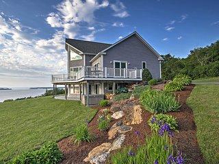 Waterfront Lake Champlain Home w/ Hot Tub & Sauna!