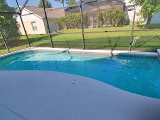 Unique vacation home in Clermont with 3 mastes w/ private pool and spa, minutes