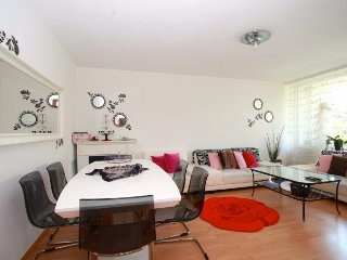In Hanover with Internet, Parking, Balcony, Washing machine (676476)