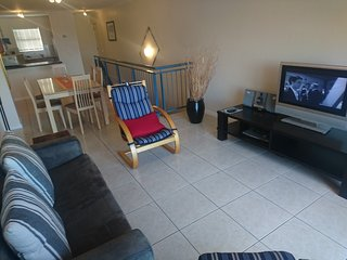 Apartment in Cape Town with Parking, Balcony, Washing machine (675700)