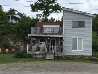 Bayswater Cottages -across river from Saint John