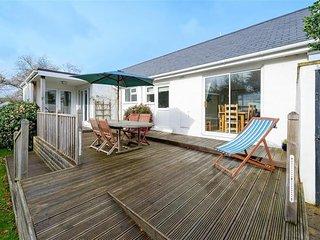 House in Abersoch with Internet, Terrace, Garden (674050)