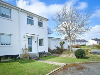 House in Abersoch with Internet, Terrace, Garden (674046)