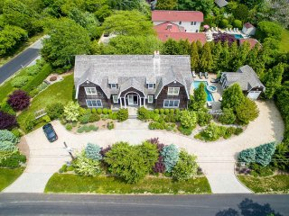Infamous Hamptons, Sleeps 9