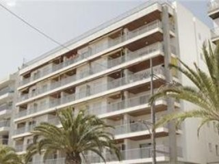 Cozy apartment a short walk away (268 m) from the 'Platja Sa Caleta' in Lloret d