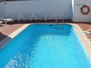 Cozy apartment in the center of Lloret de Mar with Lift, Parking, Pool, Balcony