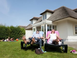 Villa in the center of Domburg with Internet, Pool, Parking, Terrace (668826)