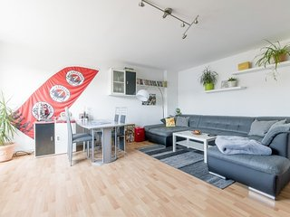Apartment 663 m from the center of Hanover with Internet, Parking, Balcony, Wash