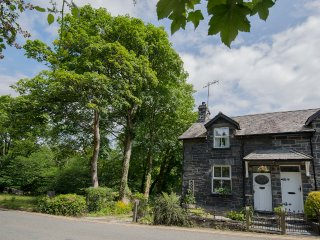 Glan Dulyn, ( Riverside etreat) Mill St, Betws-y-coed ,Snowdonia  holiday let