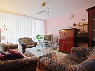 Apartment 516 m from the center of Hanover with Internet, Parking, Balcony, Wash
