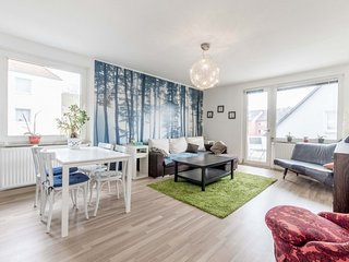 In Hanover with Internet, Parking, Balcony, Washing machine (653180)