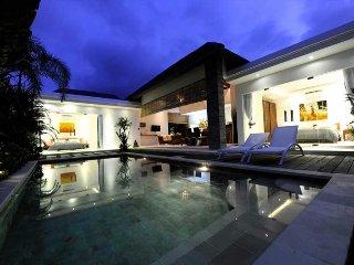 Charming 2 bedrooms new villa in Seminyak
