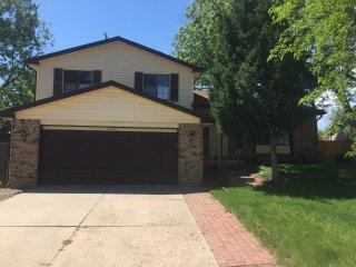 Quiet, suburban home close to downtown Denver