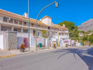 Cozy apartment in Altea with Internet, Washing machine