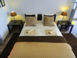 Spacious apartment very close to the centre of Lisbon with Washing machine, Terr