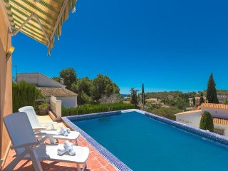Spacious villa in Teulada with Internet, Washing machine, Pool
