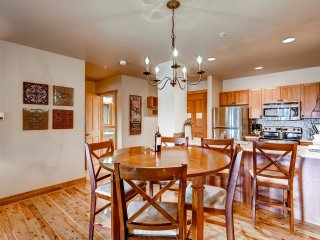 2Br Condo in River Run Village Free golf after 4 on arrival! ~ RA132420