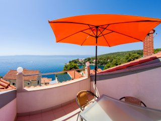 Romantic spot, entire attic, 2 apartments, 40m from the sea