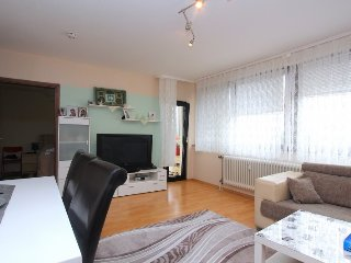 Spacious apartment close to the center of Langenhagen with Parking, Internet, Ba