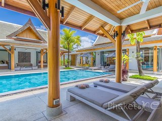 Superb Thai Style Villa near Bangtao Beach