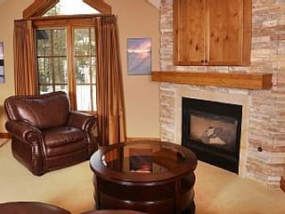 Studio Condo Sleeps 4 in Lodge at Osprey Meadows ~ RA144956