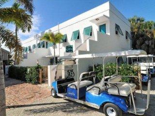 Historic Downtown Boca Grande- 2 Bedroom Flat Unit #7 ~ RA154681