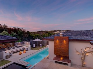 Luxury 8 Sleeper Villa with fynbos and ocean views ~ RA153872