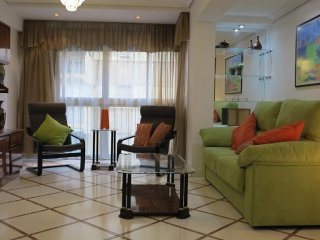 733 m from the center of Seville with Internet, Air conditioning, Lift, Washing