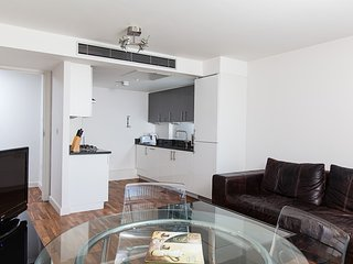 Cozy apartment in London with Lift, Washing machine