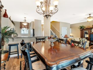 Turnberry 8518 2 Bedrooms townhouse ~ RA90340