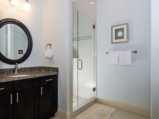 Villa Lago 1882 4 Bedrooms home ~ RA90349