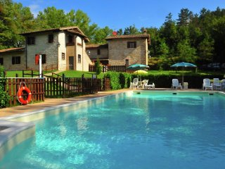 Country house in Gubbio with Internet, Pool, Parking, Garden (631411)