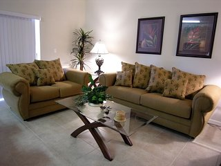 2779OD. 3 Bedroom 2.5 Bath Condo Just Minutes From Disney