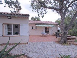 Villa T4 - 6 pers - Wi-Fi - Clim - Jardin - Sainte-Maxime - Proche centre ville