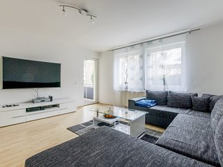 Apartment in Hanover with Internet, Parking, Balcony, Washing machine (624763)