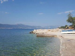 Apartment Maravić by the sea
