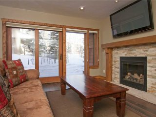 Remodeled 2bd ski-in condo in the heart of Breckenridge!
