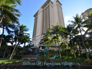 Hilton Hawaiian Village - Grand Waikikian Suites By HGVC - 3 Bedroom Penthouse