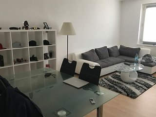 Apartment 556 m from the center of Hanover with Internet, Parking, Balcony, Wash