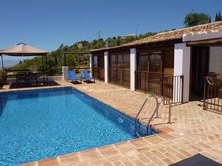 Villa in Antequera with Internet, Pool, Parking, Terrace (53689)