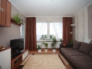 Cozy apartment in the center of Laatzen with Parking, Internet, Washing machine,