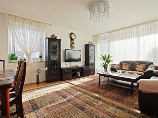 In Hanover with Internet, Parking, Balcony, Washing machine (524742)