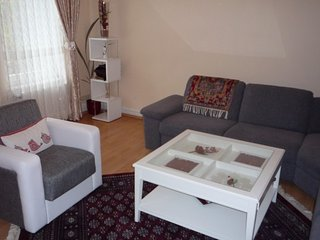 Apartment 1.1 km from the center of Hanover with Internet, Parking, Washing mach
