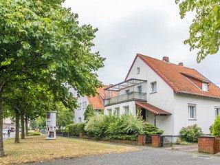 Spacious apartment close to the center of Garbsen with Parking, Internet, Balcon